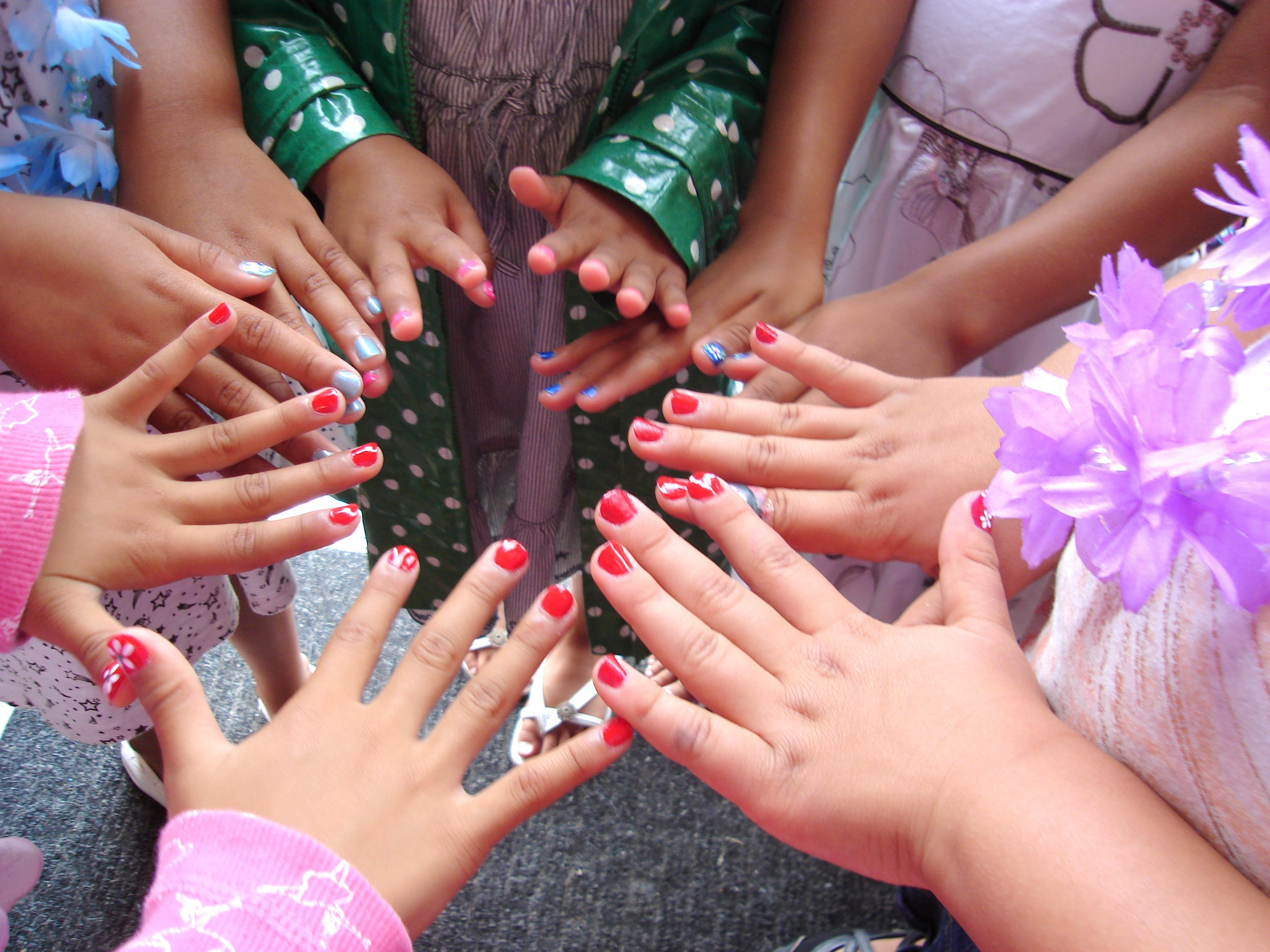 girls nail salon